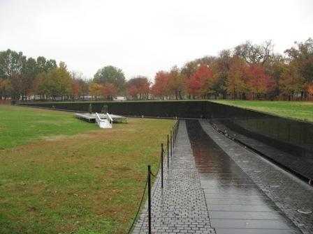 USA_Memorials/vietnam_war_memorial_wash_04