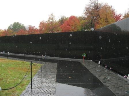 USA_Memorials/vietnam_war_memorial_wash_06