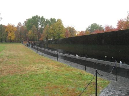 USA_Memorials/vietnam_war_memorial_wash_07