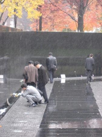 USA_Memorials/vietnam_war_memorial_wash_08